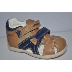 Sandałki Geox oddychające B7250C r20