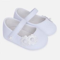 Mayoral buciki niemowlęce 9501 89 białe