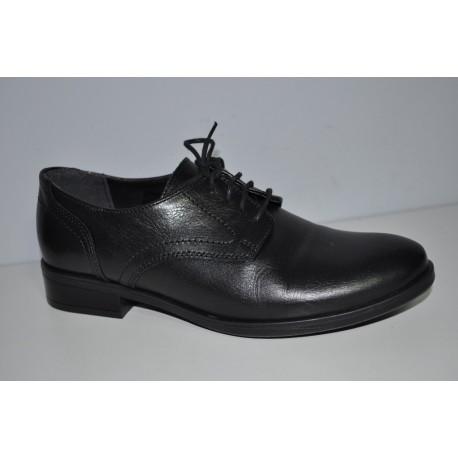 Czarne Buty komunijne skórzane chłopięce Kornecki 05140 rozmiary 36-40