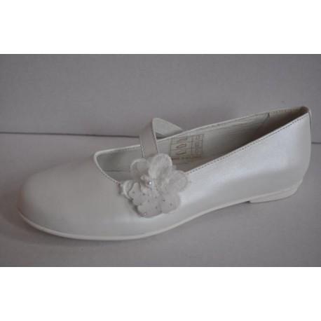 Buty do komunii dziewczęce Primigi 3436933 kolor biały perła